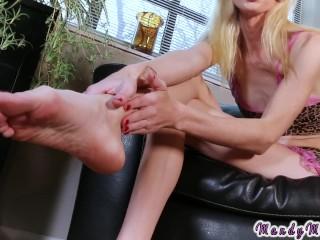 Tranny foot fetish