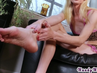 Tranny foot fetish