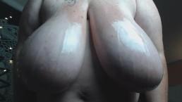Daytona Hale Oiled Boobs In Shiny Bikini