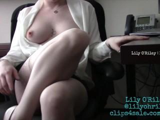 Upskirt Secretary No Bra
