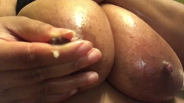 Bbw Nipple play until Milk came out !!!!!!