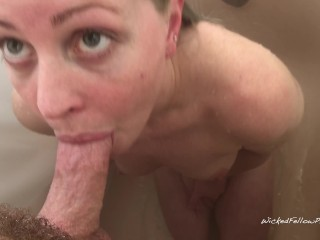 Please Run In My Mouth! Bunny Loves Sucking My Dick In The Shower