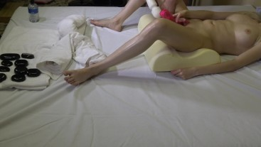 Hot massage with massage stones & magic wand gets my pussi till orgasm 4K