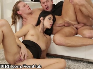 BiEmpire Hunk Assfucked at the Office While Female Masturbates
