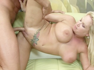 Blonde Milf With Huge Boobs Gets Her Wet Pussy Fucked Hard