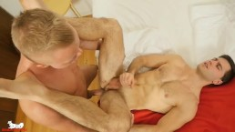 Badpuppy's Dale Madden bottoms for hunky Tomas Salek