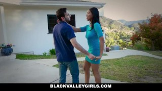 Sneaks hot around blackvalleygirls for ebony schoolgirl sex foxx big