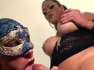 Camilla Jolie meets her fan and fucks him hard until she comes!