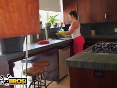 BANGBROS - Hot Latina MILF Mai