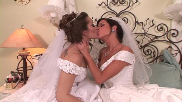 Wedding dress sex pictures Veronica avluv dani daniels lesbian newlyweds muff bumping