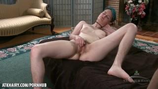 Big booty blonde ludder Krissy Lynn blir knullet hardt