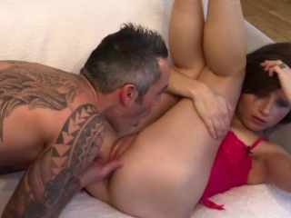 Young Mom addict to FUCK