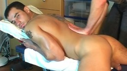 Stany, handsome big balls's delivery guy to massage in spite of him.