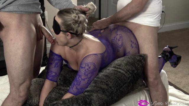 Splitroast Surprise A Big Dick For Young Hotwife In Surprise Threesome -6544