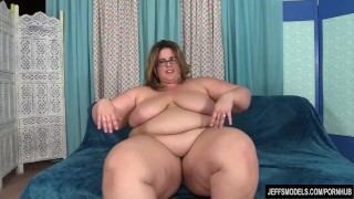 Sexy BBW Erin Green at Jeffs Models