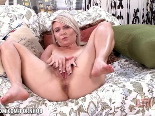 Round Boobs Tube Blonde with small tits uses her magic wand