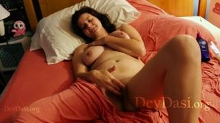 Delhi Callgirl Shwetha Fingering Her Tight Hairy Pussy - Devdasi Porn Films