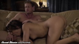 19yo Abella Danger Loves A Hot Load On Her Phat Ass