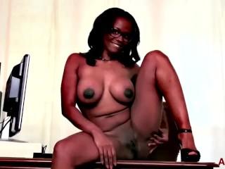 Milf Busty xxx: Busty Ebony MILF Brooke Carter on AllOver30