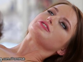 Bratty Student Eats Out Stunning Tutor Eva Lovia