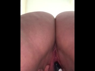 Hairbrush in my tight wet pussy in public changing room