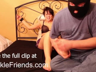 TickleFriends - Kate's Feet Tickling
