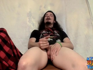 Rocker guy Max Harley loves to jack his own big dick