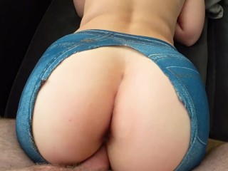 A girl with a big ass fucked through jeggings