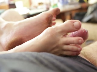 Footjob from cute dirty hippie girl feet