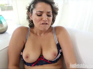 Free short lesbian pussy video clips