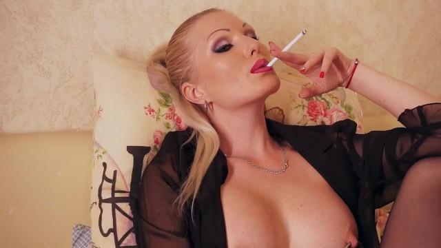 Mature Women Smoking Fetish