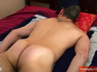Male masturbator to innocent hetero guy (vincent) serviced in a porn.