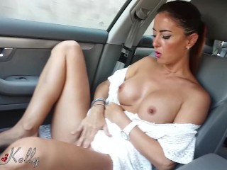 Real Public Masturbation In A Car While Cruising The City Streets