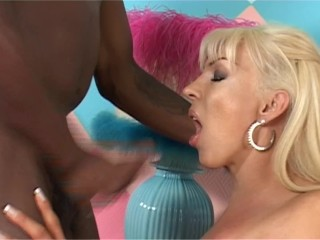 BIG TIT BLONDE SHEMALE GETS FUCKED BY BBC