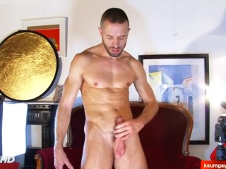Male masturbator to innocent handsome sport guy serviced in a porn.