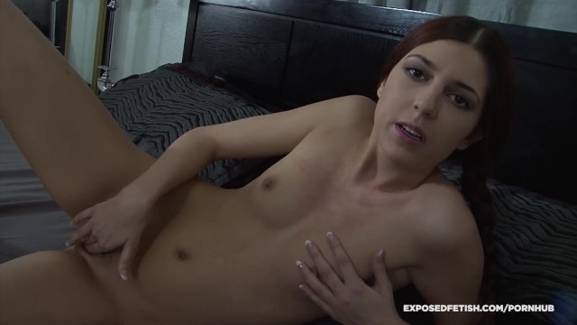 Teen Miranda Wants To Know If Her Step Daddy Finds Her Sexy - Virtual Sex