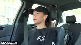 Teen Mom Raven Redmond gets Massage with happy ending