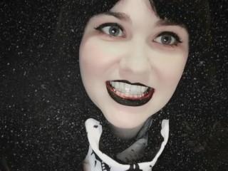 Aggressive Gothic Braceface