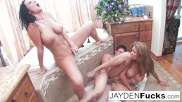 Jayden and Isis Taylor have a Threesome