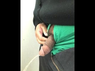 pissing and cumming
