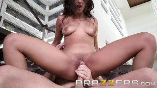 Brazzers Sophia Leone pays her rent in ass