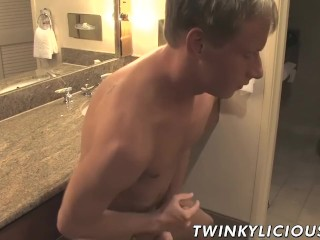 Blond twink Mason Ross jerking and showing off his sexy ass