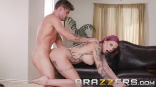 Brazzers - Stepmom Anna Bell Peaks loves games and cock porno