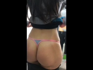GREAT ASS GIRL SPIED IN DRESS SHOP