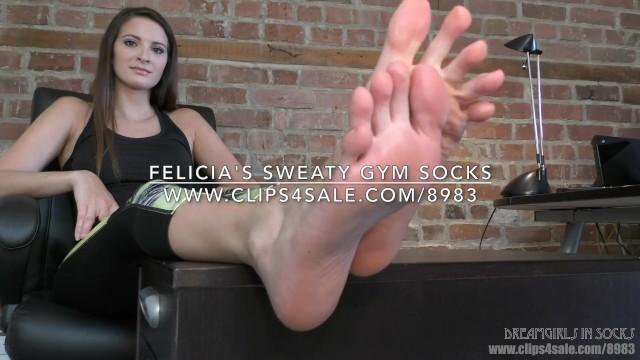 Shaved felicia - Felicias sweaty gym socks - dreamgirls in socks
