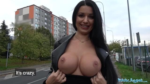 MILF dostane velký penis velký zadek černý penis porno