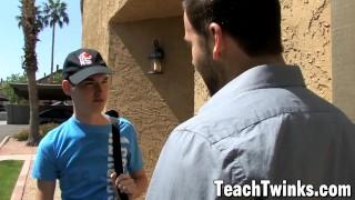 Porno videa zdarma - Teach Twinks - Twinks Preston Steel Horký Atlet Bouchání Jeho Papíru Twink Po Dlouhém Dni V Práci