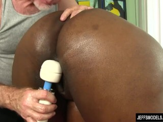 Mature hairy pussy thumbnails
