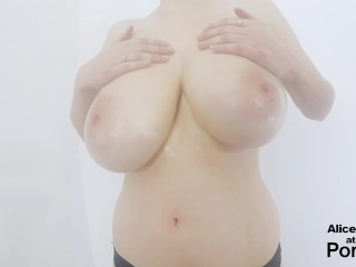 Preview 3 of F Cup Boobs Bounce So Hard they Clap !