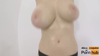F Cup Boobs Bounce So Hard they Clap ! Chatte amateur